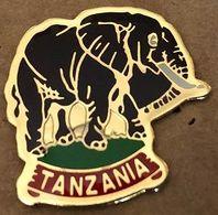 ELEPHANT NOIR - SCHWARZER ELEFANT - BLACK ELEPHANT - TANZANIA - ELEFANTE NEGRO - ELEFANTE NERO - TANZANIE -  (26) - Animales