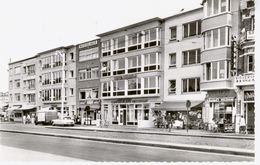 BLANKENBERGE : Avenue De Smet De Naeyer (+ Mosselhuis, Hôtel Aquarium, Supra Et Pub Wielemans, Poissonnerie) - Blankenberge