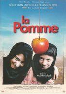"""D2238 CARTE AFFICHE - """"LA POMME"""" - UN FILM DE SAMIRA MAKHMALBAF - SORTIE NATIONALE LE 27 MAI 1998 - Affiches Sur Carte"""