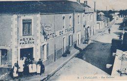 85 Challans. Rue Galliéni. Hotel De France - Challans