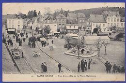 CPA 76 SAINT SAENS - Vue D'ensemble De La Place Maintenon - Saint Saens