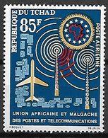 TCHAD   -   Aéro  -    Y&T N° 9 **.   U.A.M.P.T.   Télécommunications. - Tschad (1960-...)