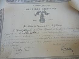 Diplôme -MEDAILLE MILITAIRE 1922 Décernée Au Cavalier Du 5e Régiment De Cuirass+ Etui  CHANCELLERIE LEGION HONNEUR - 1914-18