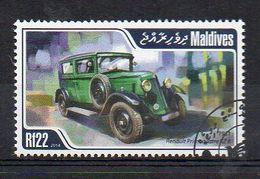 MALDIVES. 2014. CARS. RENAULT PRIMAQUATRE. CANCELLED (6R1763) - Autos