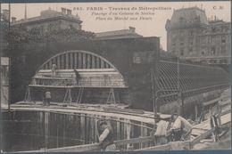 Paris , Travaux Du Métropolitain , Fonçage D'un Caisson De Station , Place Du Marché Aux Fleurs , Animée - Metropolitana, Stazioni