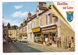 45 Chatillon Sur Loire Grande Rue En 1984 Librairie PUB Wonder Traiteur Peugeot 504 Citroën DS Renault 4L Camionnette - Chatillon Sur Loire