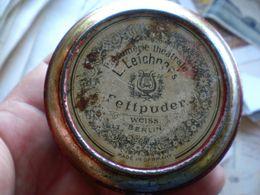 Old Tin Box L Leichner Berlin Fettpuder Weiss - Boîtes/Coffrets