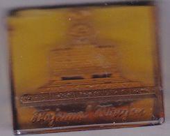 DEUTSCHLAND  --  WHW  ABZEICHEN  --  WINTERHILFSWERK  --  GLAS  --   32 Mm  X 27 Mm - 1939-45