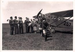 """Aviation - Aviateur Jean R. Pierroz  Valaisan Devant Son """"Breda"""" Lausanne-Blécherette - 1930 - Reproducciones"""