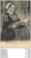 WW 56 PONTIVY. Type De Fumeuse De Pipe En Lisant Un Livre 1905 - Pontivy