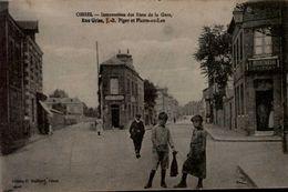 76-OISSEL...INTERSECTION DES RUES DE LA GARE,RUE GRISE.....CPA ANIMEE - France