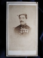 Photo Cdv Fratelli D'Alesandri, Roma - Portrait Militaire, Capitaine D'infanterie, Campagne D'Italie, Ca 1860 L512 - Photos