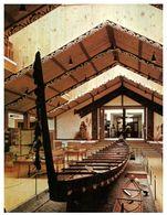 (C 30)  New Zealand - War Canoe - Nouvelle-Zélande