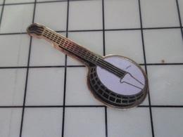 1220 Pin's Pins / Beau Et Rare / THEME : MUSIQUE / INSTRUMENT A CORDES BANJO - Música