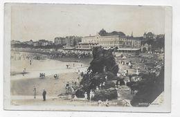(RECTO / VERSO) BIARRITZ EN 1907 - LA PLAGE ET LE CASINO - Ed. A. LEBRUN - LEGERS PLIS HAUT A GAUCHE - CPA VOYAGEE - Biarritz