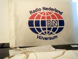 FANION TELA GAGLIARDETTO  RADIO RN NEDERLAND HOLLAND   HQ9886 - Ecussons Tissu