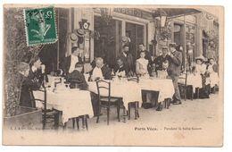PARIS Vécu, Pendant La Belle Saison, Café, Restaurant,  état Médiocre Voir Angle Haut Gauche Et Verso, écrite - Pubs, Hotels, Restaurants
