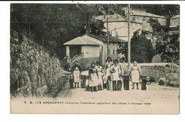 CPA- Carte  Postale- France-Roquefort- Cabanières Apportant Des Caisses à Fromage Vides  VM18892 - Roquefort