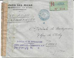 LETTRE PAR AVION RECOMMANDEE 1945 AVEC ETIQUETTE VERTE DE BERAKETA ET CACHET LINEAIRE TAXE PERCUE ET BANDE DE CENSURE - Madagascar (1889-1960)