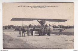Au Plus Rapide Rochefort Aviation Hydravion Sur Le Terrain - Rochefort