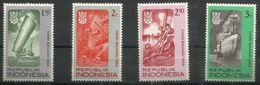 """Indonesien 544-547 """" 4 Briefmarken Aus 1 Satz: Seefahrt II """" Postfrisch Mi.: 1,25 - Indonesia"""