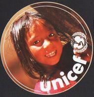 Stikers UNICEF Child Adesivo Bambina Autocollant Enfant FAS00010 - Vignettes Autocollantes