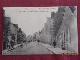 CPA - La Vernelle - Rue Principale - Francia