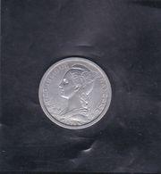 Pièce De Monnaie REUNION - République Française De 1f De 1973 - Argus Monnaies Du Monde De J.L. THIMONIER (A Voir) - Reunión