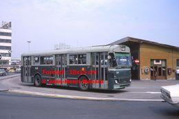 Reproduction D'une Photographie D'une Vue D'un Bus Ligne 7 à Un Arrêt à Venise En Italie En 1976 - Reproducciones