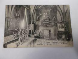 LA BUISSIERE SUR OUCHE Intérieur De L'Abbaye Cheminées Du Salon - Other Municipalities
