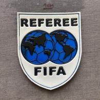 Jersey Patch SU000044 - Football Soccer Calcio UEFA Federation Association Union Referee - Bekleidung, Souvenirs Und Sonstige