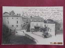 CPA - Crevant - Avenue De L'Eglise (Hôtel Rodier-Mondoti) - Francia