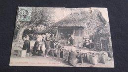 CPA Cochinchine - Saïgon - Saison Sèche Porteuses D'eau - Francia