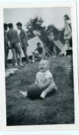 Enfant Kid Boy Plage Beach Homme Man Men Torse Nu Tente Camping Vacances - Persone Anonimi