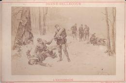 Photos Originale Ancienne Ad. Braun & Cie  Militaire Hussards A Pied  L'embuscade De Berne-bellecour 1890 Ref 738 - War, Military