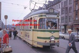 Reproduction D'une Photographie D'un Tramway Ligne 11 Oberbarmen à Wuppertal En Allemagne En 1964 - Reproducciones