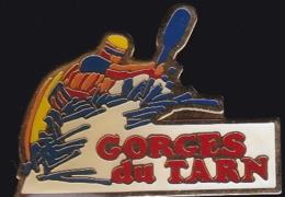 65890- Pin's.Gorges Du Tarn.Canoé.Kayak - Canoa