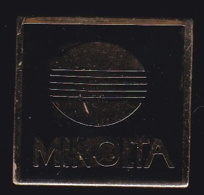65895- Pin's.Photo.Minolta. - Fotografía