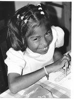 Photo Guatemala. Petite Fille Indigène Dans Une école De La Région De Jocotan..Ph. Vivant Univers 2000 . - Lugares