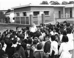 Photo Guatemala. San Cristobal L'école Des Soeurs Canadiennes..Ph. Vivant Univers 1975 ?. - Lugares