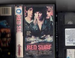 VHS Canada Film Red Surf George Clooney Dedee Pfeiffer Doug Savant Dedee Pfeiffer Gene Simmons H. Gordon Boos - Action, Adventure