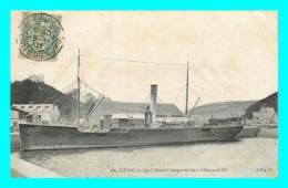 A868 / 379 22 - SAINT BRIEUC Le Légué Bateau En Chargement Dans Le Bassin à Flot - Saint-Brieuc