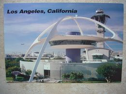 Avion / Airplane / LAX / Los Angeles Airport / The Futuristic Theme Restaurant And Control Tower - Aérodromes