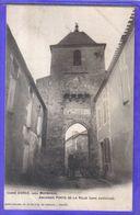 Carte Postale 47. Duras  Près Marmande  Ancienne Porte De La Ville  Très Beau Plan - Autres Communes