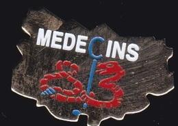 65913- Pin's.Médecins Du Var.Caducée.Serpent. - Médical