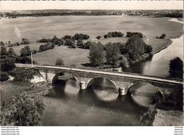 D49  VILLEVÊQUE ET SOUCELLES  Le Pont ( Vue Aérienne ) - France