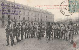 Lons Le Saunier - 44ème Régiment D'infanterie - Exercice De Pointage Sur Chevalet - Lons Le Saunier