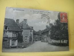 61 9796 CPA 1914 - 61 ENVIRONS DE DOMFRONT. LONLAY. ENTREE DE LA RUE - ANIMATION - Frankreich