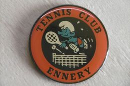 Pin's - BD SCHTROUMPF SMURF - TENNIS CLUB De ENNERY 57 MOSELLE - BD