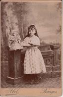 PHOTOGRAPHIE ORIGINALE Cartonnée - Portrait De Fillette Avec Une Poupée - Abel Bourges - Anonyme Personen